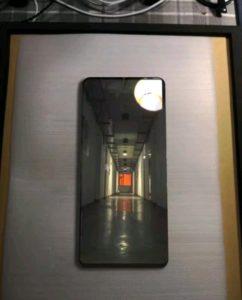 Huawei Mate 20 Pro leak images